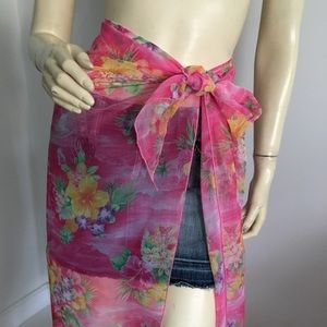 Other - 🌺 Pink floral sarong swimsuit coverup scarf shawl